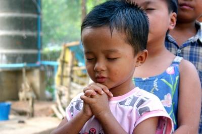 nino-orando