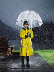 nino-bajo-la-lluvia